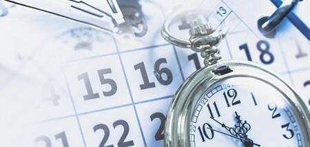 Bild Kalender mit Uhr